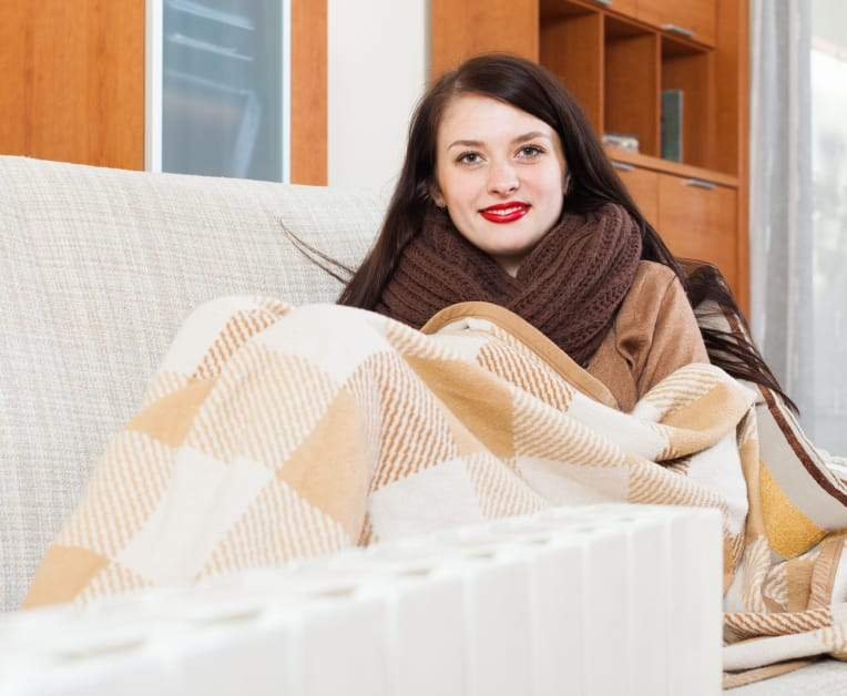 how to keep your apartment warm
